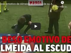 VIDEO: El beso emotivo del alcalde de Madrid al escudo del Atleti