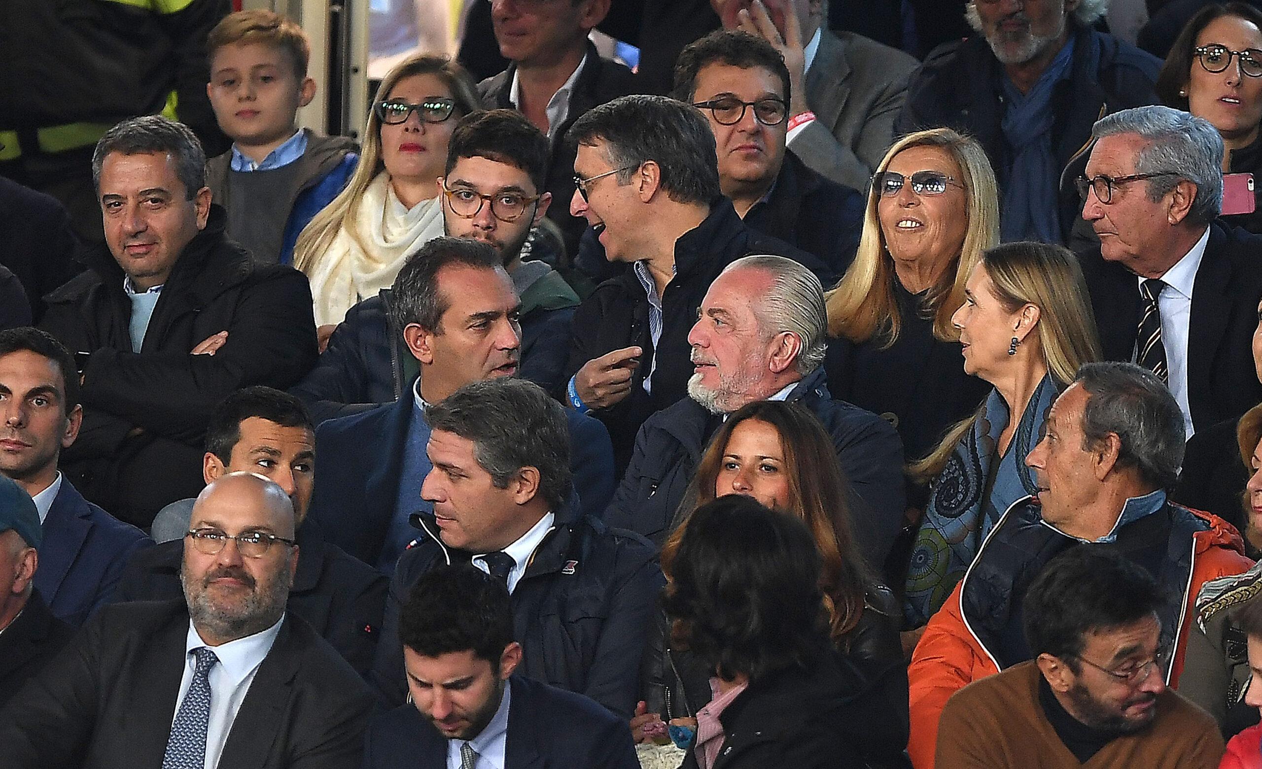 Fichaje: Presidente del Napoles afirma reunirse con Gil Marín